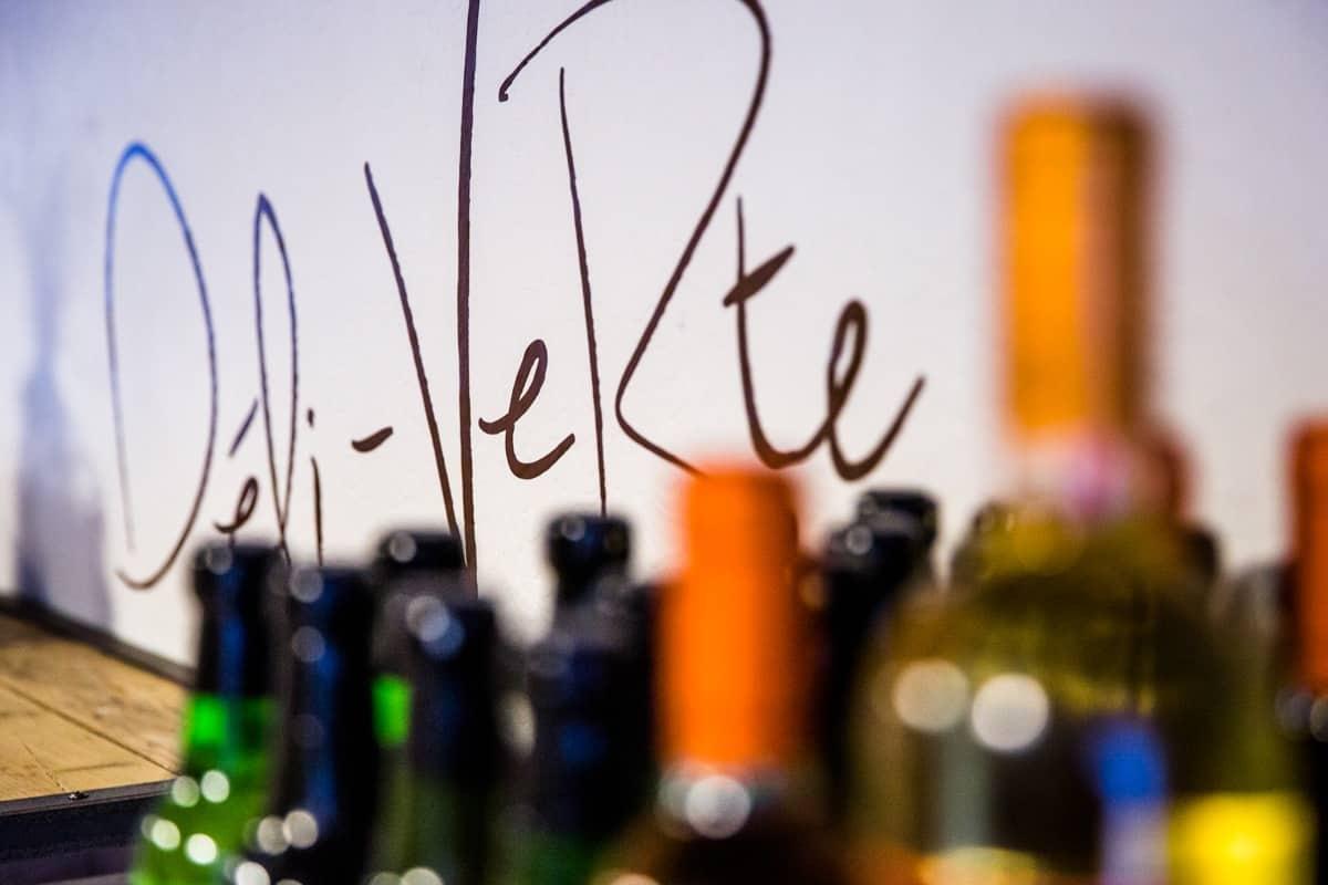 Deli-verte flessen
